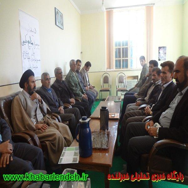 غرس نهال در اداره تبليغات اسلامي شهرستان لنده