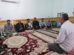دیدار با خانواده شهیدرضایی,خبرلنده,شهرستان لنده,شهیدعبدالحمید رضایی,معاون استاندار,اخبار لنده