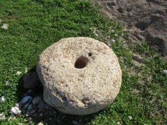 سنگ زیرین آسیاب,خبرلنده,روستای ایدنک,سابقه تاریخی یک روستا,80سال سنگ زیرین,اخبار لنده,روستای گردشگری,نان شب مردم,آسیاب بادی,لنده